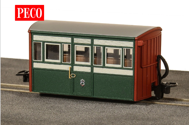 Peco GR-556 OO-9 FR Bug Box Coach, 3rd Class, Early Preservation Livery