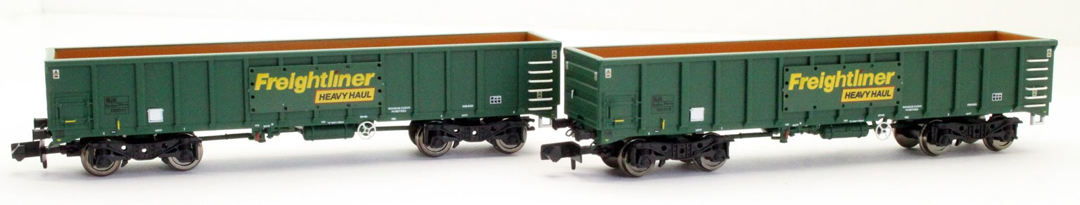 Dapol 2F-025-002 MJA Freightliner Heavy Haul Box Van Twin Pack 502017 / 016