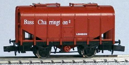 "Dapol NB-037B Bulk Grain Hopper Wagon ""Bass Charrington - London 28"""