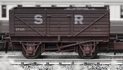 Dapol 2F-071-006 7 Plank Open Wagon SR brown (weathered)