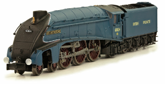 "Dapol 2S-008-003 Class A4 4-6-2 60004 ""William Whitelaw"" Garter Blue with large BRITISH RAILWAYS"