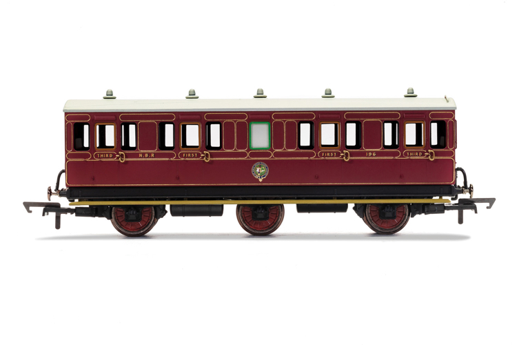 Hornby R40137 NBR, 6 Wheel, Composite, Fitted Lights, 196 - Era 2