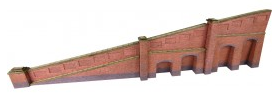 Metcalfe Models PN148 Tapered Retaining Wall (Red Brick)