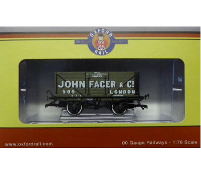 Oxford Rail OR76MW7010 7 Plank 'John Facer - London'
