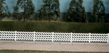 Ratio 426 LMS (MR) Station Fencing, white