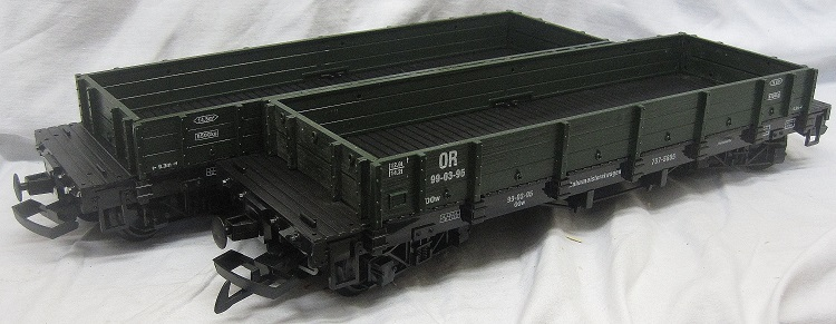 TRAIN 757-5805G Pack of two Low Sided Gondola Wagons Green