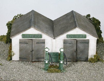 Wills SS12 Station Garage, with Vintage Pumps & Oil Cabinet