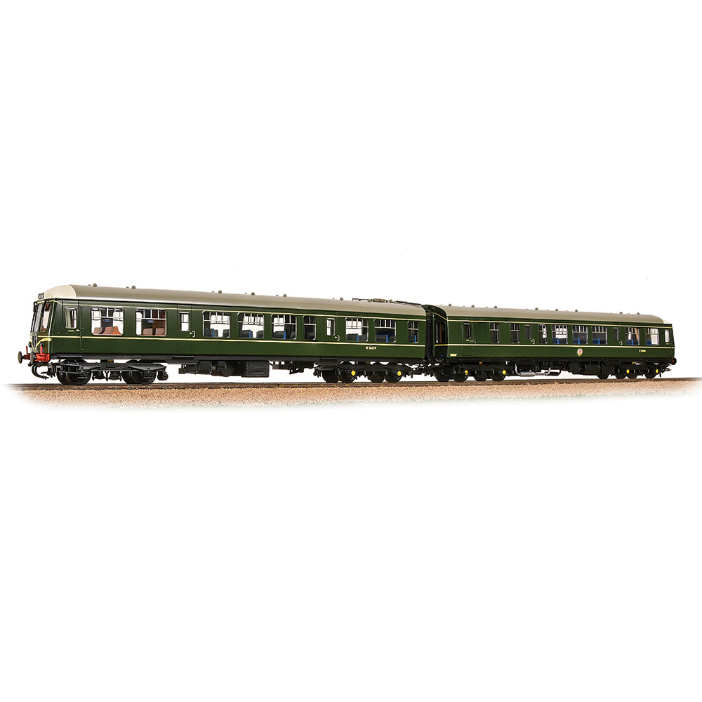 Bachmann 32-900C Class 108 2-Car DMU BR Green (Speed Whiskers)