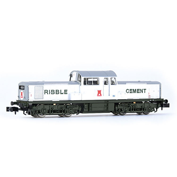 EFE Rail E84507 Class 17 Ribble Cement White & Green