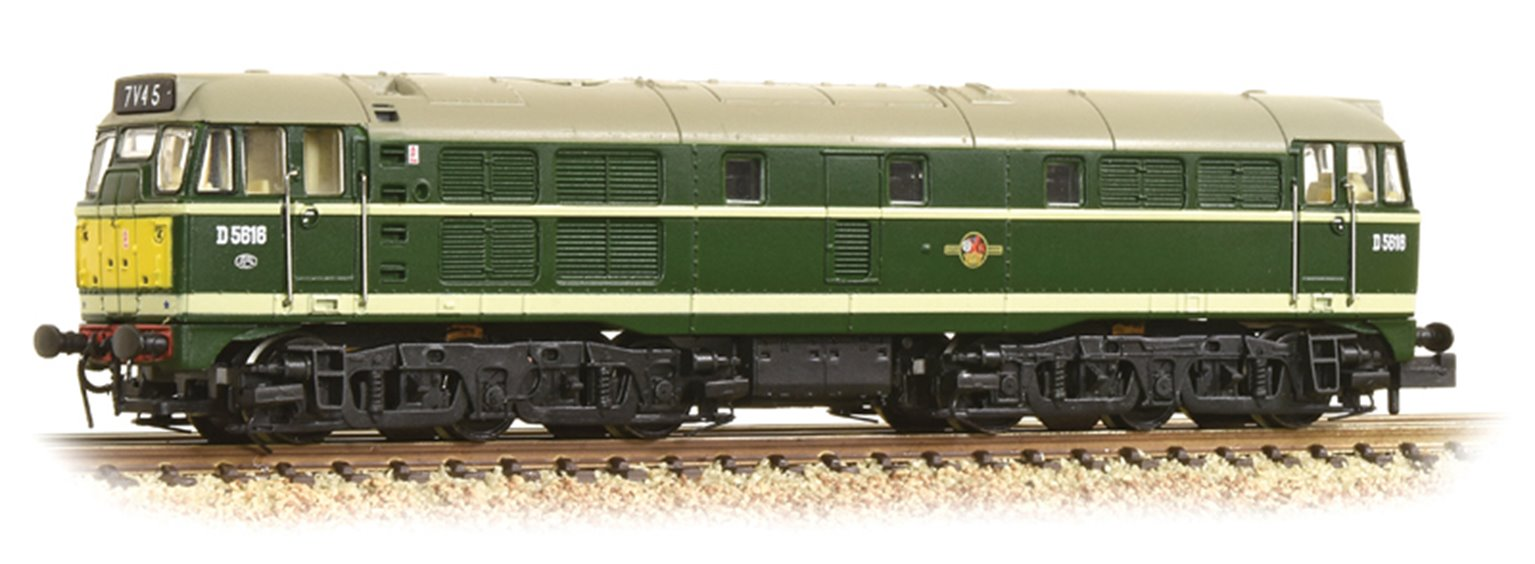 Graham Farish 371-111A Class 31/1 D5616 BR Green (Small Yellow Panels)