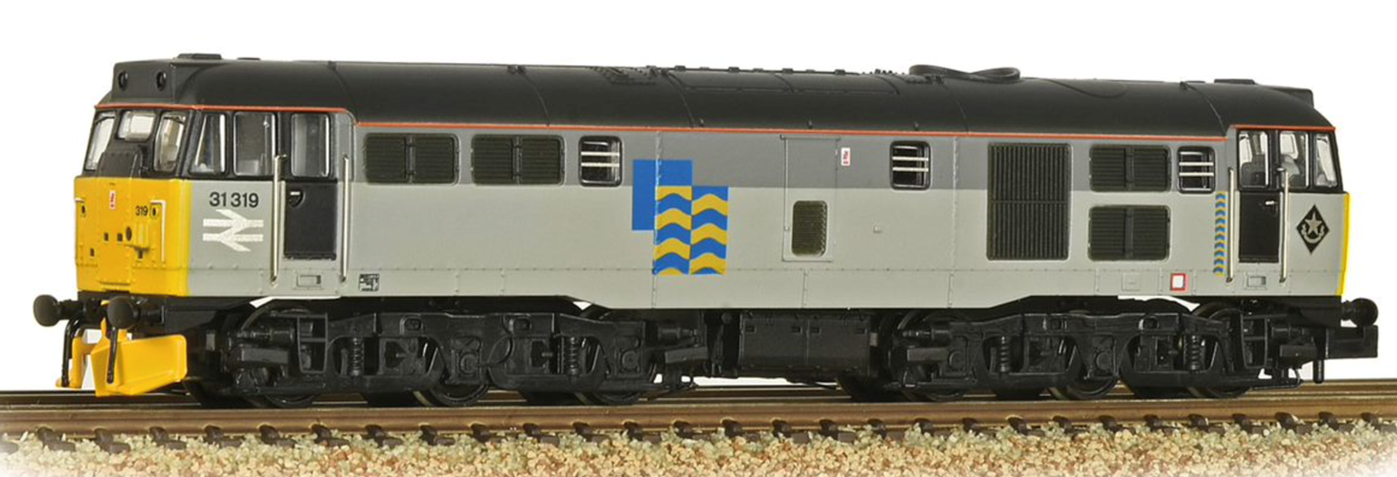 Graham Farish 371-136 Class 31/1 Refurbished 31319 BR Railfreight Petroleum Sector