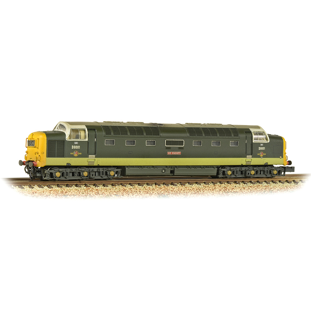 Graham Farish 371-289 Class 55 'Deltic' D9001 'St. Paddy' BR Two-Tone Green (Full Yellow Ends) [W]