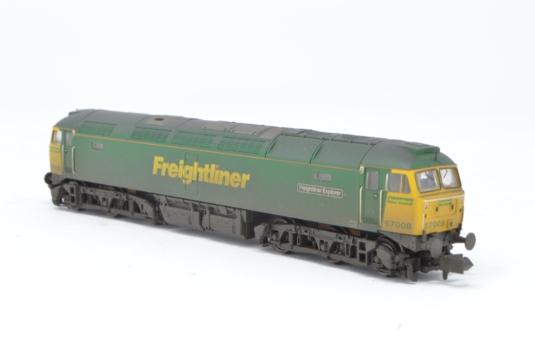 Graham Farish 371-651A Class 50/0 'Freightliner Explorer' '57008' Freightliner Weathered