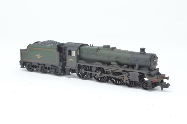 Graham Farish 372-481 4-6-0 Jubilee Class 'Eire' '45572' BR Green Weathered