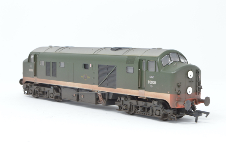 Heljan 2323. Class 23 D5909 BR Green Weathered