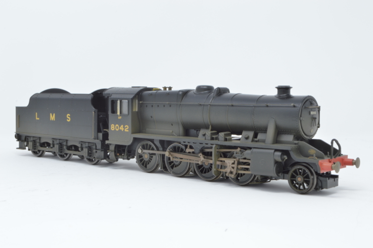 Hornby R2249 2-8-0 Class 8F '8042' LMS Black Weathered