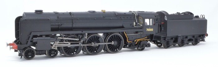 Hornby R2975 4-6-2 Britannia '70000' BR Black Collector Centre Special Limited Production no. 988