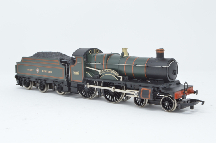 Hornby R298 4-4-0 County Class 'County of Hereford' '3828' GWR Green